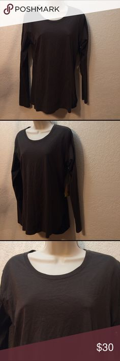 KEEN Women's draped long sleeve tee Large NWT KEEN Women's draper long sleeve tee, black olive, Crewneck, large, 100% cotton NWT Keen Tops Tees - Long Sleeve