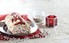 Suklainen puolukkakääretorttu | Joulu | Pirkka #food #christmas #joulu Krispie Treats, Rice Krispies, Doughnut, Panna Cotta, Baking, Breakfast, Desserts, Ethnic Recipes, Food