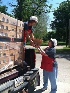 Minerva Dairy donating to the Minerva Lutheran Church Food Bank. Tina and Bette our store managers loading up the truck! Good work girls! — with Tina Sexton Martin and Bette Crowl at Minerva Dairy.