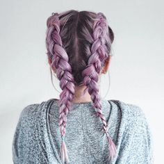 Pastel lilac hair It's near impossible not to love lilac! Serving up that soft, summery vibe no matter what the weather - this shade will keep heads turning all day, everyday! Image credit: @allyinblunderland