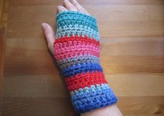 Make it yourself: Colorful crocheted fingerless gloves