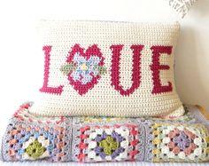 Love Cushion, Mothers Day, Crochet Pattern, Gift for Mum, Pink Room, Girls Pillows, Homemade Gift, Cotton Yarn, Intarsia Crochet