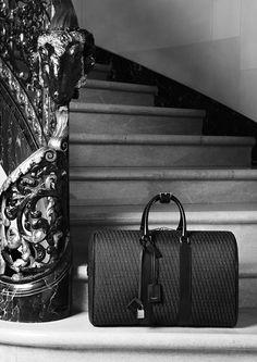 """La ligne de bagages """"Monogram"""" de Saint Laurent par Hedi Slimane http://www.vogue.fr/mode/news-mode/diaporama/la-ligne-de-bagages-monogram-de-saint-laurent-par-hedi-slimane/18300"""