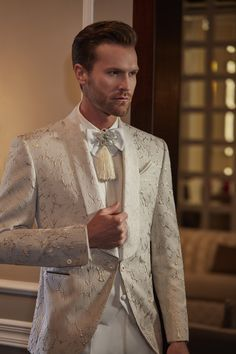 Suit Jacket, Suits, Jackets, Fashion, Hipster Bride, Down Jackets, Moda, Fashion Styles, Suit