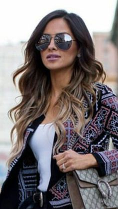 Hair styles long wavy blondes 36 ideas for 2019 Black Hair With Highlights, Hair Highlights, Ombre Hair Color, Brown Hair Colors, Long Ombre Hair, Long Brunette Hair, Coiffure Hair, Long Face Hairstyles, Beautiful Hairstyles