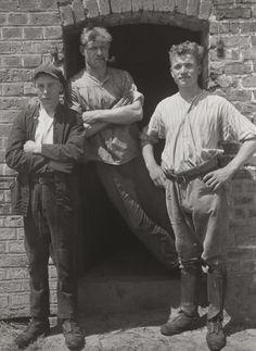 August Sander. Farmhands. 1929.
