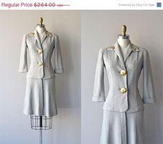 25% OFF... Hithaeglir knit suit  vintage 1940s suit  by DearGolden