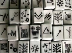 Who does not love a great mahjong set #quirky but made in porcelain from Kinagorska #birch+little