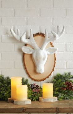 DIY Mounted and Glittered Reindeer Head Holiday Decor