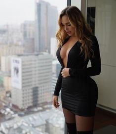 Zerion - Ngjyra e Zeze 🎩 - E Bukura Hot Dress, Dress Skirt, Bodycon Dress, Stunning Dresses, Sexy Dresses, Instagram Models, Classy Women, Girls Wear, Veronica