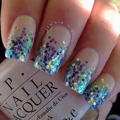 glitter gradient  @ jewsie_nails