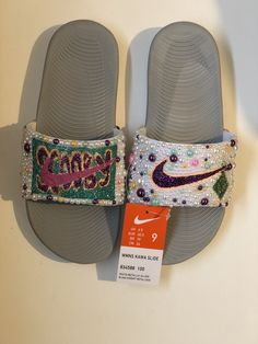 Customize your own sandals with a SprinkleMyFeet birthday party! Nike Flats, Sneakers Nike, Nike Flip Flops, Nike Slides, Crystal Shoes, Scooby Doo, Designer Shoes, Sprinkles, Personalized Gifts