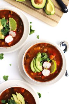Easy vegan posole with black beans and poblanos! This healthy, vegetarian Mexican soup is loaded with peppers and hominy, and perfect for a weeknight meal. Vegan Coquito Recipe, Veggie Recipes, Soup Recipes, Vegetarian Recipes, Vegetarian Dinners, Vegetarian Mexican, Vegan Soups, Vegan Food, Vegane Rezepte