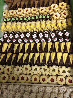 Cookie Decorating, Food Art, Biscuits, Cookies, Decoration, Wafer Cookies, Crack Crackers, Crack Crackers, Decor