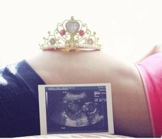 6 month Reveal the sex of your baby announcement pic to all your friends and family in a unique way!