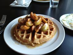 When a waffle as big as your head or Eggs Benedict on biscuits instead of an English muffin will just hit the spot, 24 Diner just outside of downtown Austin is the place to be.