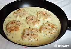 Hähnchenbrust Frikadellen in Estragon Soße / Csirkepogácsa tárkonyos mártásban Meat Recipes, Chicken Recipes, Healthy Recipes, Chicken Cake, Yummy Food, Tasty, Light Recipes, Food Hacks, Food Inspiration