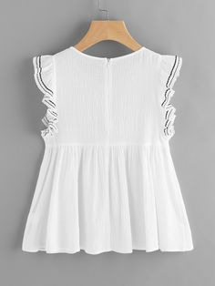 Top manche papillon brodé contrasté-French SheIn(Sheinside) Cute Summer Outfits, Spring Outfits, Cute Outfits, Frill Tops, Boho Tops, Lovely Dresses, Cotton Dresses, Girl Fashion, Blouse