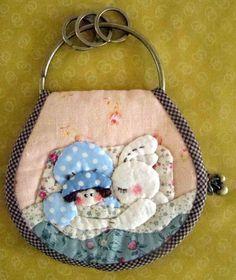 Applique key pouch