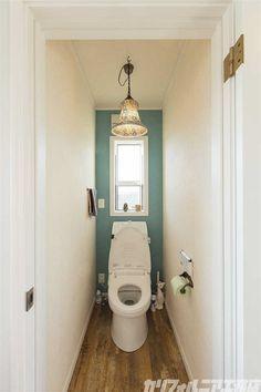 カリフォルニア工務店 Water Closet Decor, Toilet Room, Washroom, Powder Room, Small Bathroom, Bathroom Lighting, New Homes, House Design, Interior Design