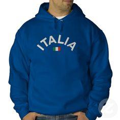 """Italien Hoodie. Eines der besten Geschenke Italien. Ein gestickter Italien Kapuzen-Sweatshirt mit dem Itatlian Flagge und das Wort """"Italia"""". Dieser Kapuzen ist für italienische Fußballfans . Italienisch Pullover für Männer und Frauen, die Italien lieben. Diese italienischen Flagge Pullover kommen in verschiedenen Stilen, einschließlich Sweatshirts und Jacken und Farben zur Auswahl. Auf das Bild klicken, um mehr Italien Geschenkideen kaufen oder zu erkunden."""
