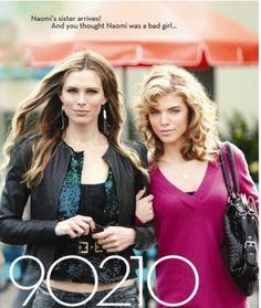 90210 Jen and Naomi Clark.