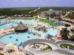 El Parque Acuático Nizuc es de los mejores y más divertidos lugares de Cancún, encuentra más en http://www.1001consejos.com/guia-de-viajes-que-hacer-en-cancun