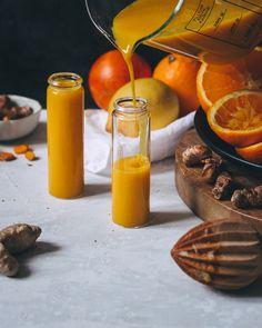 Ingwer Kurkuma Shot Immunsystem Booster # Food and Drink healthy fitness Ingwer-Kurkuma Shot - The Unlabeled Chefs Chef Recipes, Vegetarian Recipes, Healthy Recipes, Juice Recipes, Recipes Dinner, Detox Drinks, Healthy Drinks, Healthy Detox, Easy Detox