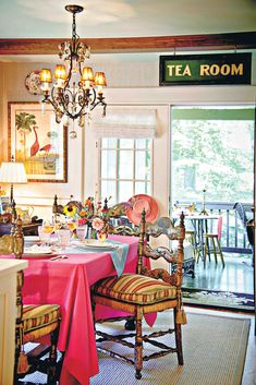 Victoria Magazine, Victorian Cottage, Cozy Kitchen, Valance Curtains, Vibrant Colors, Relax, Table, Decorating, Tea Time