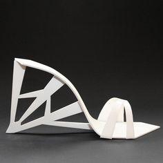 Collection de chaussures - travail très réussi du sculpteur russe Naum Gabo et de l'architecte espagnol Santiago Calatrava