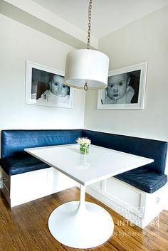 Cute faces -- Interior ideas from Christina Murphy Interiors Dining Corner, Dining Nook, Murphy Furniture, Furniture Ideas, Kitchen Booths, Farmhouse Style Table, Mid Century Modern Kitchen, Banquette Seating, Simple House