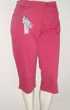NEW Gloria Vanderbilt Amanda Size 20W 2X Skimmer Shorts Berry Pink Cropped Jeans #GloriaVanderbilt #SKIMMERJustBelowTheKnee