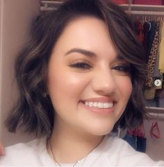 Cute Short Haircuts for Round Faces in 2020 | Fashions eve Fat Face Haircuts, Hairstyles For Fat Faces, Bob Haircuts For Women, Cute Short Haircuts, Cool Haircuts, Short Hairstyles For Women, Double Chin Hairstyles, Current Hair Trends, Short Hair Cuts For Round Faces