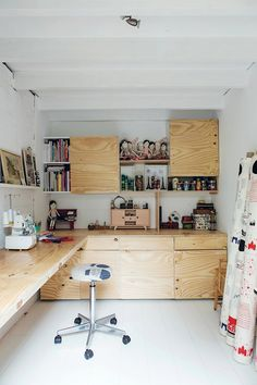 maker spaces // 'a new book out by emily quinton, in which she examines how makers and innovators around the world live and work, exploring their inspirational and beautiful homes, studios and workshop-sfgirlbybay' - space of @mikodesign
