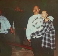 Chicano Love, Chicano Art, Relationship Goals Pictures, Cute Relationships, Couple Aesthetic, Aesthetic Pictures, Estilo Chola, Old School Pictures, Chola Girl