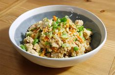 Chicken Cauliflower Fried Rice – Jen Polk Chicken Cauliflower Fried Rice Chicken Cauliflower Fried Rice recipe from Katie Lee via Food Network – substitute different vegetables for low carb Cauliflower Fried Rice, Cauliflower Recipes, Cauli Rice, Rice Recipes, Chicken Recipes, Healthy Recipes, Keto Recipes, Salmon Recipes, Recipes