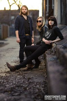 ALTERNATIVE ROCK BAND: BAND OF SKULLS http://punkpedia.com/news/alternative-rock-band-band-of-skulls-6696/