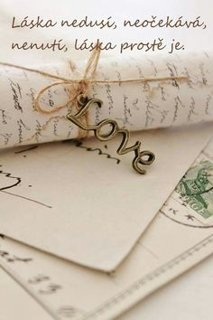Top 40 Most Romantic 💖 Birthday Gifts 🎁 for Your Man 👫 . Journal Vintage, Romantic Birthday, Old Letters, Handwritten Letters, Letter Writing, Writing Desk, Writing Images, Love Notes, Most Romantic