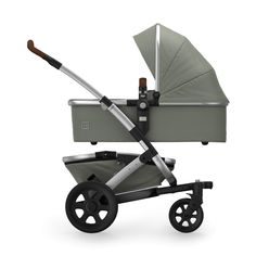 Take on family adventures with ease in the Joolz Geo² Complete Stroller. Constructed to offer 3 different configurations and run smoothly on any terrain, this modular design allows you to add a second seat or bassinet when a new baby arrives. Twin Strollers, Double Strollers, Urban Stroller, Baby Jogger, Travel System, Family Adventure, Baby Gear, Car Seats, Breakfast Cafe