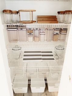 Before and after: this pantry porn is provided by IKEA and the Dollar Store – Experience Of Pantrys Kitchen Organization Pantry, Home Organisation, Organization Hacks, Ikea Pantry, Dollar Tree Organization, Pantry Storage, Kitchen Pantry, Diy Kitchen, Küchen Design