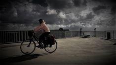 https://flic.kr/p/23iwiUM | fast bike | locking factory
