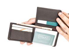 Carteira masculina Flip em couro legítimo café - Enluaze Loja Virtual | Bolsas, mochilas e pastas