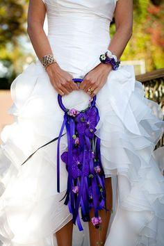 Wat een origineel bruidsboeket! - Pinterested @ http://wedspiration.com.