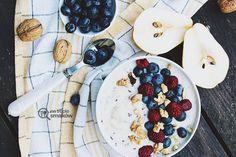 MISKA KOKTAJLOWA Śniadanie, które rozgrzeje, dostarczy energii i poprawi humor w te chłodne i ponure dni jesienno-zimowe #smoothiebowl