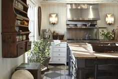 The interior design Field Is Full Of Backstabbing Shrews Right? The interior design Field Is Full Of Backstabbing Shrews Right? The post The interior design Field Is Full Of Backstabbing Shrews Right? appeared first on Architecture Diy. Home, Country Interior, French Country Kitchen, Interior Design Kitchen, Rustic Country Kitchens, Country Cottage Decor, Home Kitchens, Country Style Homes, Kitchen Design