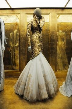 Alexander McQueen - imagine this sort of outfit on an alien princess or an evil queen...