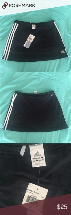 NWT Adidas tennis black skort w/3 stripes, Sz M NWT adidas black/white tennis skort with the 3 stripes on both sides . Clima365. Adidas Shorts Skorts