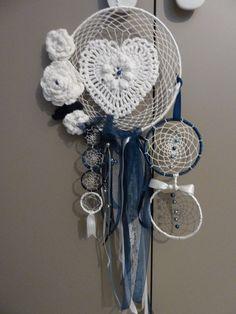 attrape rêve bleu marine et blanc