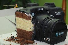 Nikon camera cake!