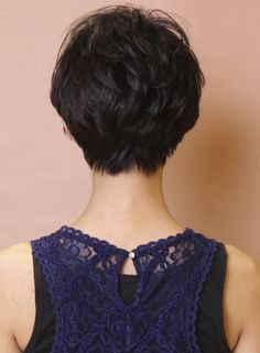 short hair back Short Hair Back, Asian Short Hair, Short Hair With Layers, Short Hair Cuts For Women, Short Hairstyles For Women, Hairstyles Haircuts, Japanese Short Hair, Short Sassy Haircuts, Haircut For Thick Hair